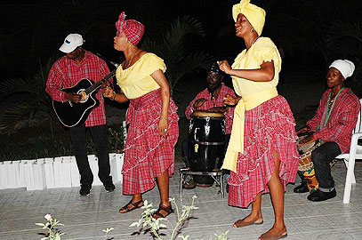 Entertainment - Charela Inn Entertainment- Negril Resorts and Hotels, Jamaica