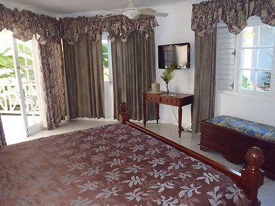 One and Two Bedroom Suites - Beachcomber Club, Two Bedroom Living Room, Negril Jamaica Resorts and Hotels