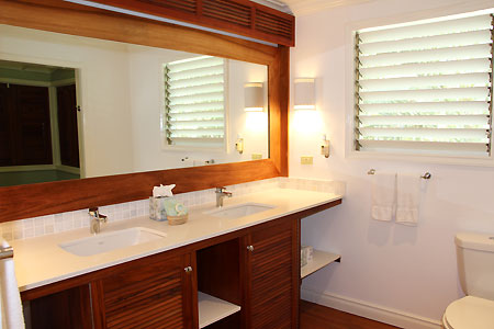 Upper White House Suite - Idle Awhile - Negril Jamaica hotels and resorts
