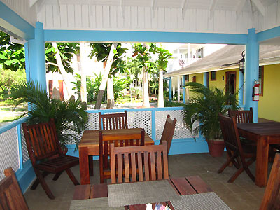 Negril Palms Beachside Bar & Lounge and Restaurant - Negril Palms, Negril Jamaica Resorts and Hotels
