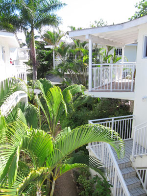 Superior ( 22) and Beachfront Rooms (2 only) located above the villas - 2nd and 3rd floors -