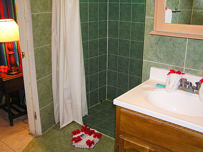 Ocean View Cottages - Samsara Hotel Sea Side Cottage Bath - Negril Resorts and Hotels