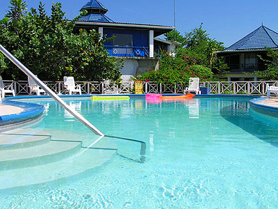 Pool and Jacuzzi - Tree House Pool - Negril Jamaica Resorts and Hotels