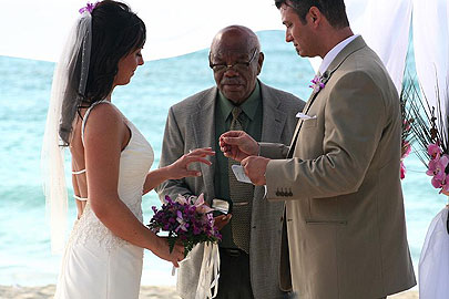 Charela Wedding Partners Giving Their Vows