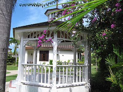 Coco La Palm Gazebo For Weddings