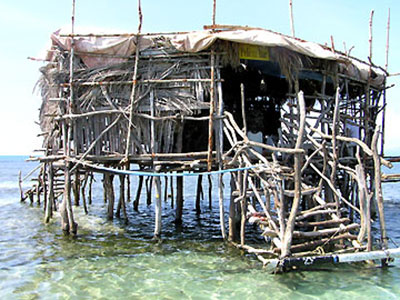 Floyds Pelican Bar Hut