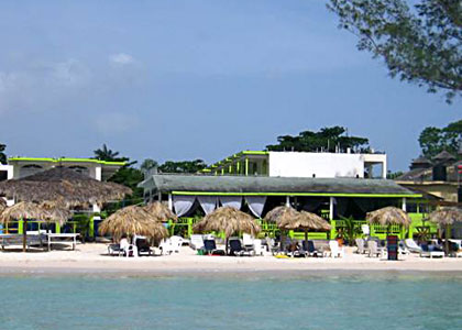 Fun Holiday Beach Resort Negril Jamaica View From Sea.JPG