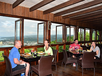 Mystic Mountain Adventure Tours Dining at 700 Ft Mystic Dining at 700 Feet