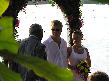 Sunset At The Palms Partners Giving Their Vows Pop The Questions